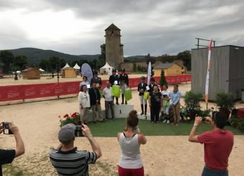Cluny, Podium finale équipe